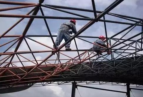 钢结构厂房屋面檐沟漏水解决措施