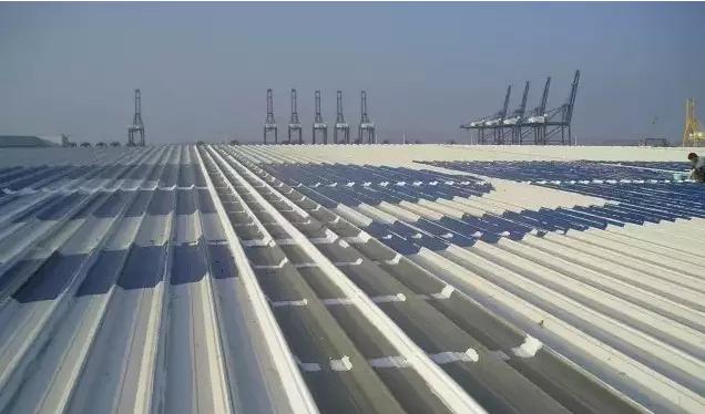 钢结构屋顶檐沟防水处理