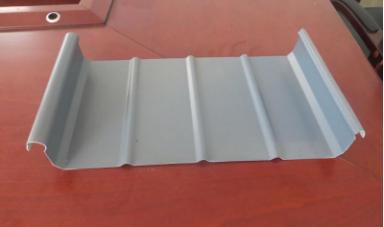 京泊兴钢结构公司金属屋面板优势介绍