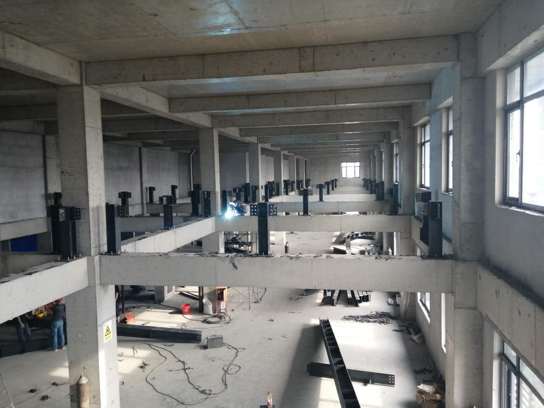 京泊兴10层楼钢结构夹层施工案例