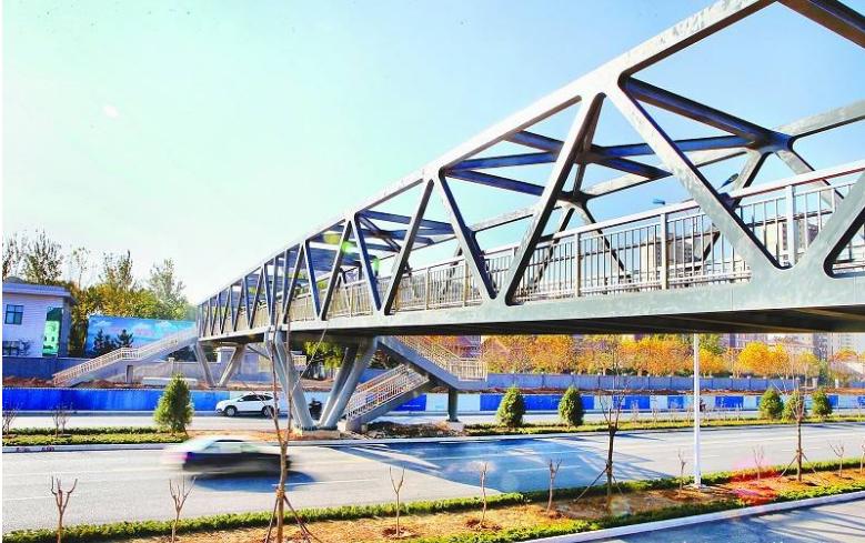钢结构天桥与钢结构连廊的相同点与不同点