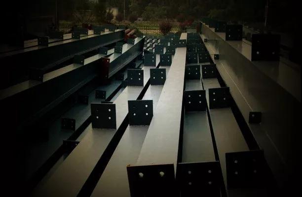 避免高频焊H型钢构件加工中产生变形的措施