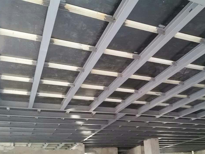 钢结构隔层的特点