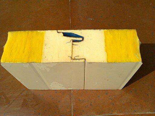 聚氨酯封边保温板